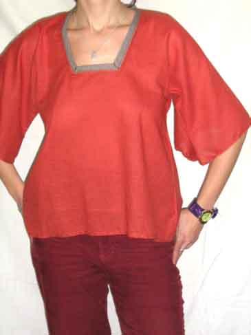 Bluza caramizie, merge bine si pentru gravidute, se poate face mai lunga, nr 82