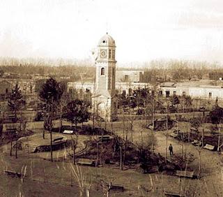 Plaza Cobos (aujourd'hui Plaza San Martin) à Mendoza