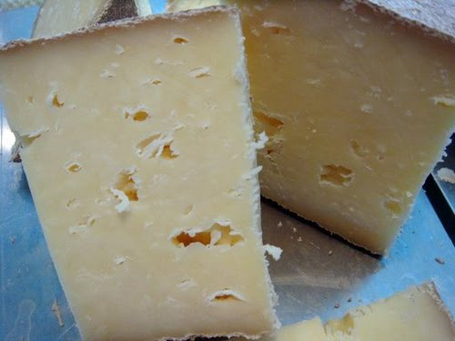 AGED CHEESES: Tomme Collins & Connor Abbey