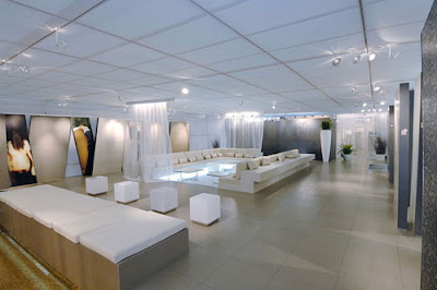Showroom, modern showroom, futuristic showroom, new trend, modern city, commercial region, office region, showroom design, showroom concept, interior showroom