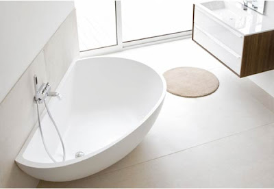 Contemporary-Vanity-Bathtub