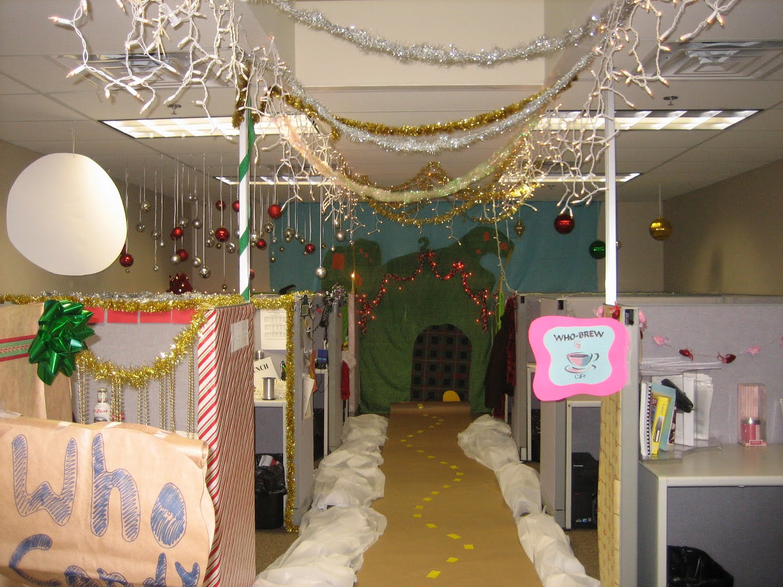 Christmas office decorating contest - A Closer View Of The End