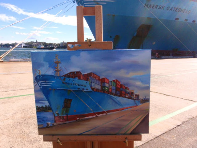 Jane Bennett oil painting of container ship 'Maersk Gateshead' at Barangaroo