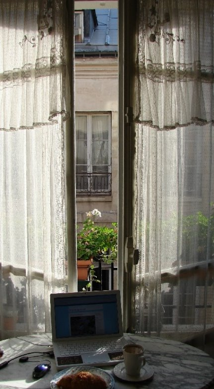 himmelssäng köp ~ gardiner & draperier the paris apartment