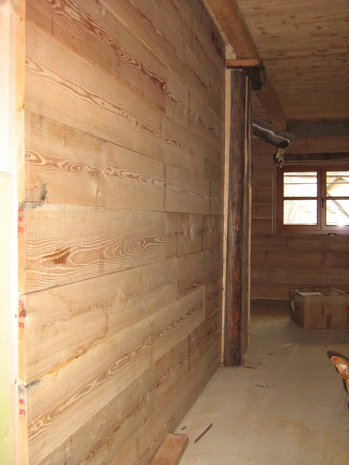 Fuoco ferro legno interni della grangia - Rivestimenti legno interni ...