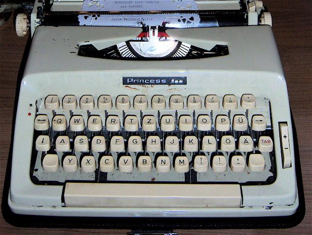 schreibmaschine_3.jpg