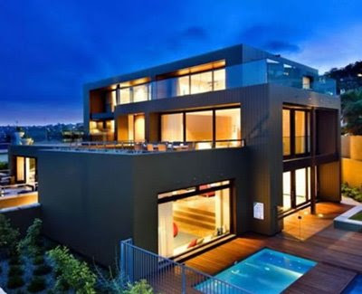A stunning home on the beautiful coast of Sydney