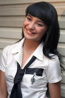 foto gambar Shireen Sungkar cinta fitri, pemenang artis faforit panasonic award 2009, shireen sungkar luna maya naysilla mirdad