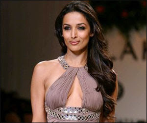 Malaika Hot Photos, Sexy Malaika Arora Khan Wallpapers, Images, Pictures Gallery