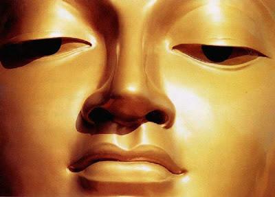 http://4.bp.blogspot.com/_rJqjyMKVx5s/STxzxduk0nI/AAAAAAAAAH0/MpbuibSvHLc/s320/Buddha%27sface.jpg