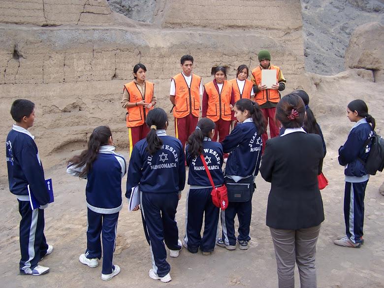 RECIBIENDO MÁS VISITANTES A LA HUACA FORTALEZA DE CAMPOY. AÑO 2008.