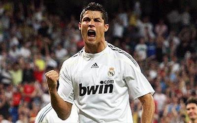 cristiano ronaldo real madrid camiseta celebrando un gol