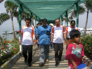 Kunjungan Alumni Koica ke p. Untung Jawa tgl. 2 Agt 2009