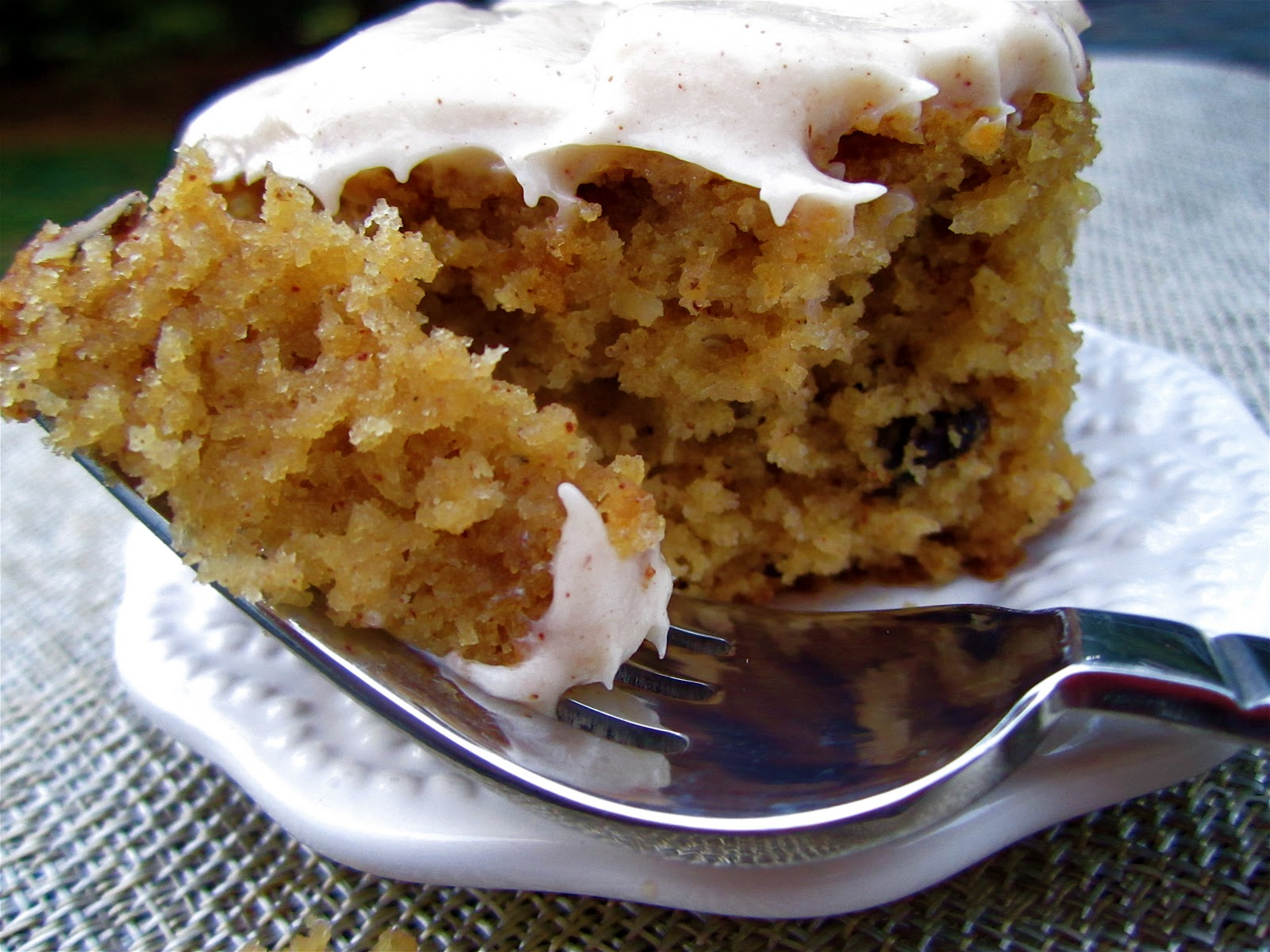 Apple Spice Cake With Applesauce