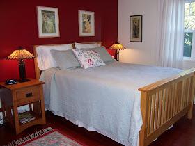 Mucha Room