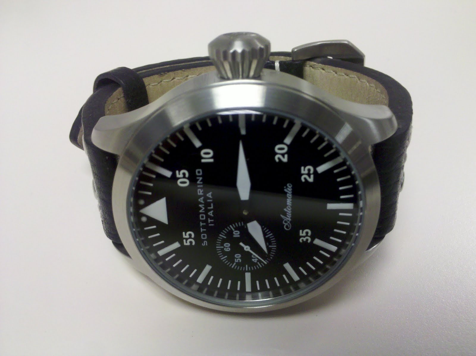 My watch of the day dec 6 2010 sottomarino pilotare for Sottomarino italia