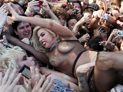 Sexy : Lady Gaga with Semi Precious Weapons