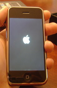 iOS : White Apple Logo Screen of Death