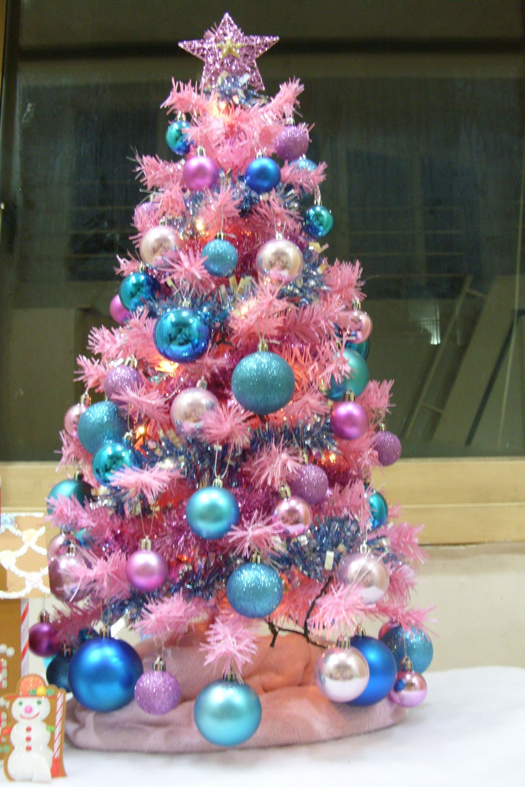 Kelsey in Korea: Oh! Christmas Tree!