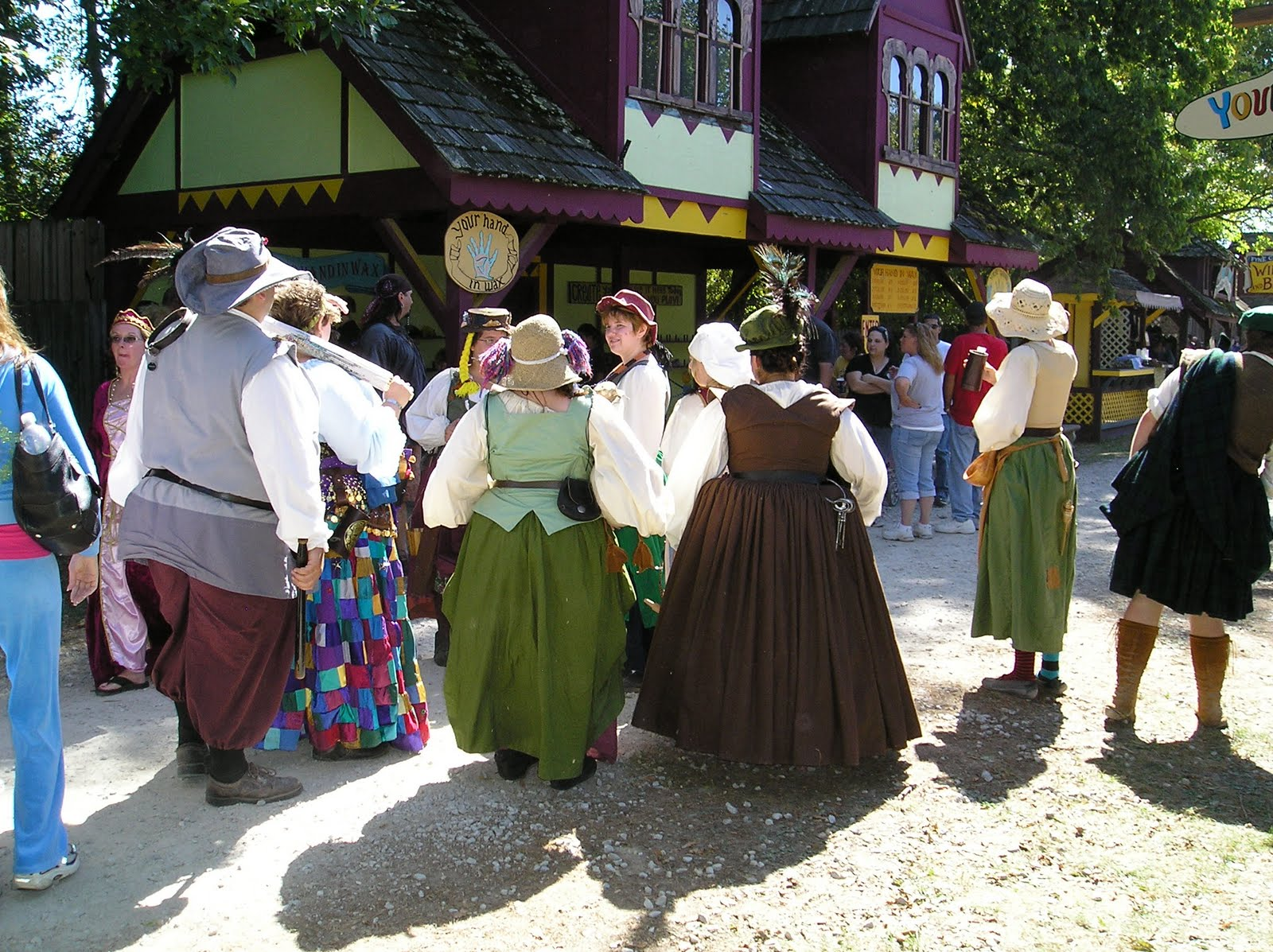 Ohio Renaissance Festival in Harveysburg: Ohio's premiere family event features 11 stages of continuous entertainment, seven food and beverage buildings, and more than arts and crafts shops.