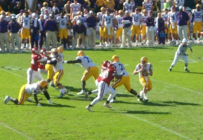 Matt Flynn on Lsu Quarterback Matt Flynn Looks For Room To Throw