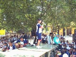 Lomba Menyanyi  SMPN I Pwd