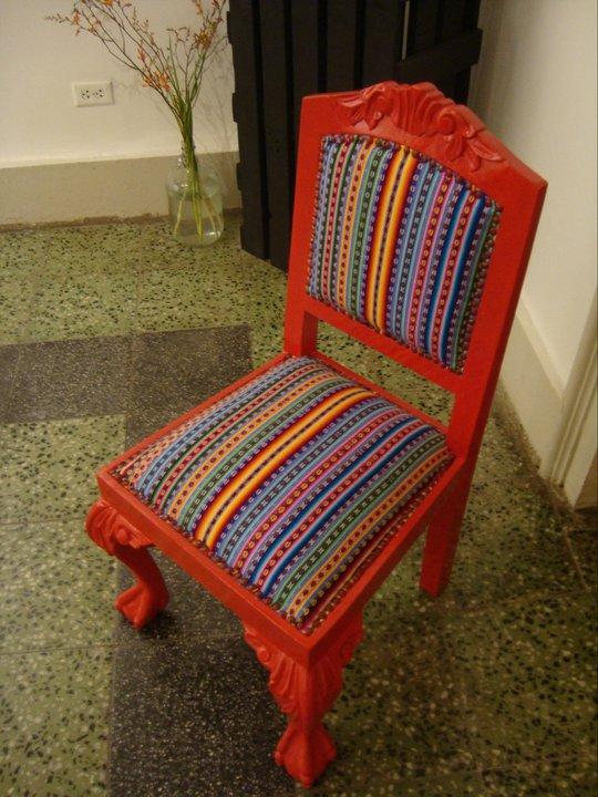 Galer a delbarrio arte peruano contempor neo muebles - Sillas antiguas restauradas ...
