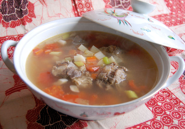 Hawaiian oxtail soup recipe