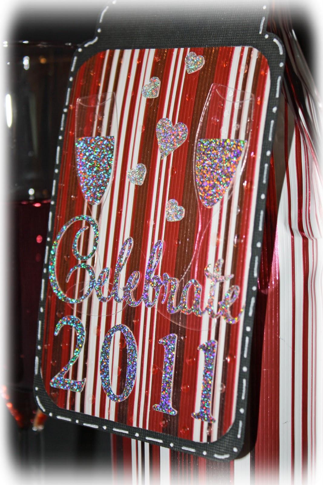 http://4.bp.blogspot.com/_rYUGJxEcmQM/TSAjTQwDOHI/AAAAAAAAAfU/eFOYxiDKsOA/s1600/Celebrate4.jpg