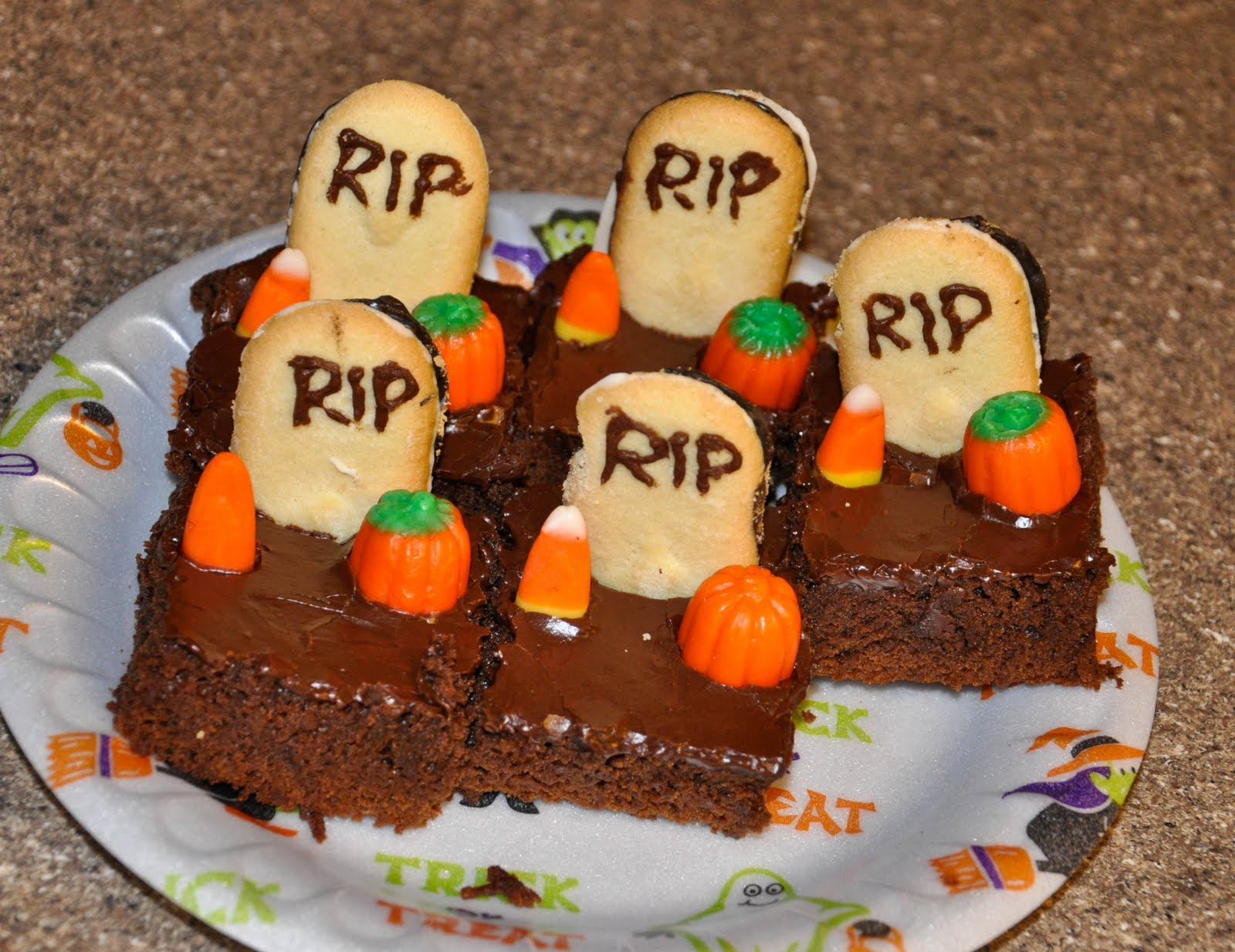 Michelle's Recipe Box: Halloween Brownies
