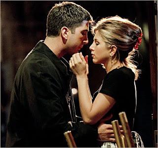Resultado de imagen para mi primer beso se besan en la cabina