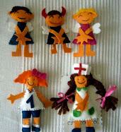 104. enfermera, jugadora, angelitos y demonio