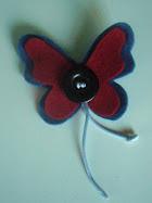 116.  mariposa azul y roja