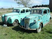 2 - FORD PREFECT 1947 y 1950