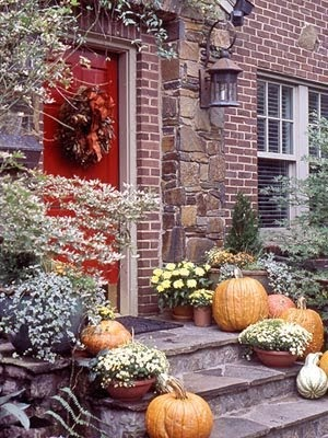 Silver trappings more fall porch decorating for White house fall garden tour 2017