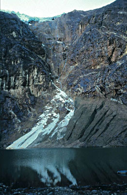 Peruvian glacier - 2002.
