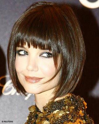 http://4.bp.blogspot.com/_raVlsnlzCT4/TPcoN0CP9DI/AAAAAAAAAKQ/QLXB7R6B0pM/s1600/Symmetrcal_Bob_Hair_Cuts_1.jpg