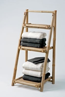 Fauna decorativa escalera como toallero ladder as towel for Escalera toallero ikea