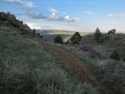 Mount Falcon, Typical Trail
