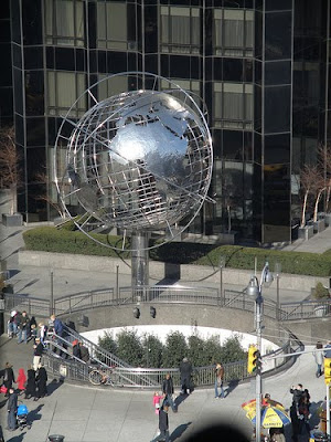 http://4.bp.blogspot.com/_rf0JDTncCTQ/S2dkSCyGGjI/AAAAAAAAAik/hb6EL7e_G1Q/s400/Columbus+Circle.jpg
