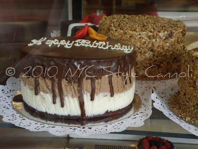 NYC Style and a little Cannoli Black Hound New York