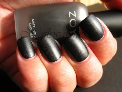 zoya dovima matte mat black nail polish shimmer nails matte velvet collection 2009 nailswatches
