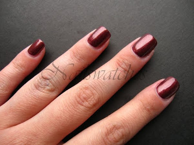 orly rocking rocket holiday collection 2010 tis the season brown red golden shimmer nail polish nailswatches