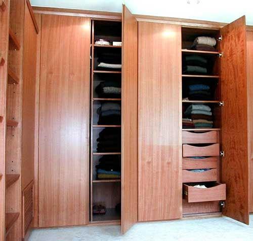 Duramuebles dise os novedosos precios economicos y for Disenos de closets sencillos