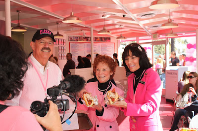Gloria Pink and Beverly Pink Wolfe Pinks hot dog Knotts Berry Farm
