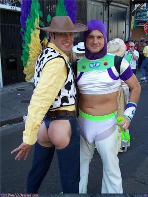 disfrazados y cachondos.gays.