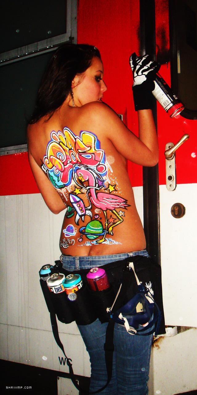 chicas desnudas jovenes y pintadas