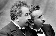 los hermanos Lumière (Auguste y Louis): con ellos nace el cine