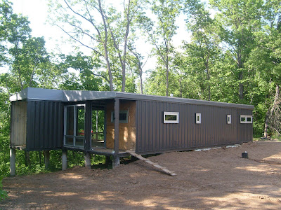 The 8747 house for Maison container 64