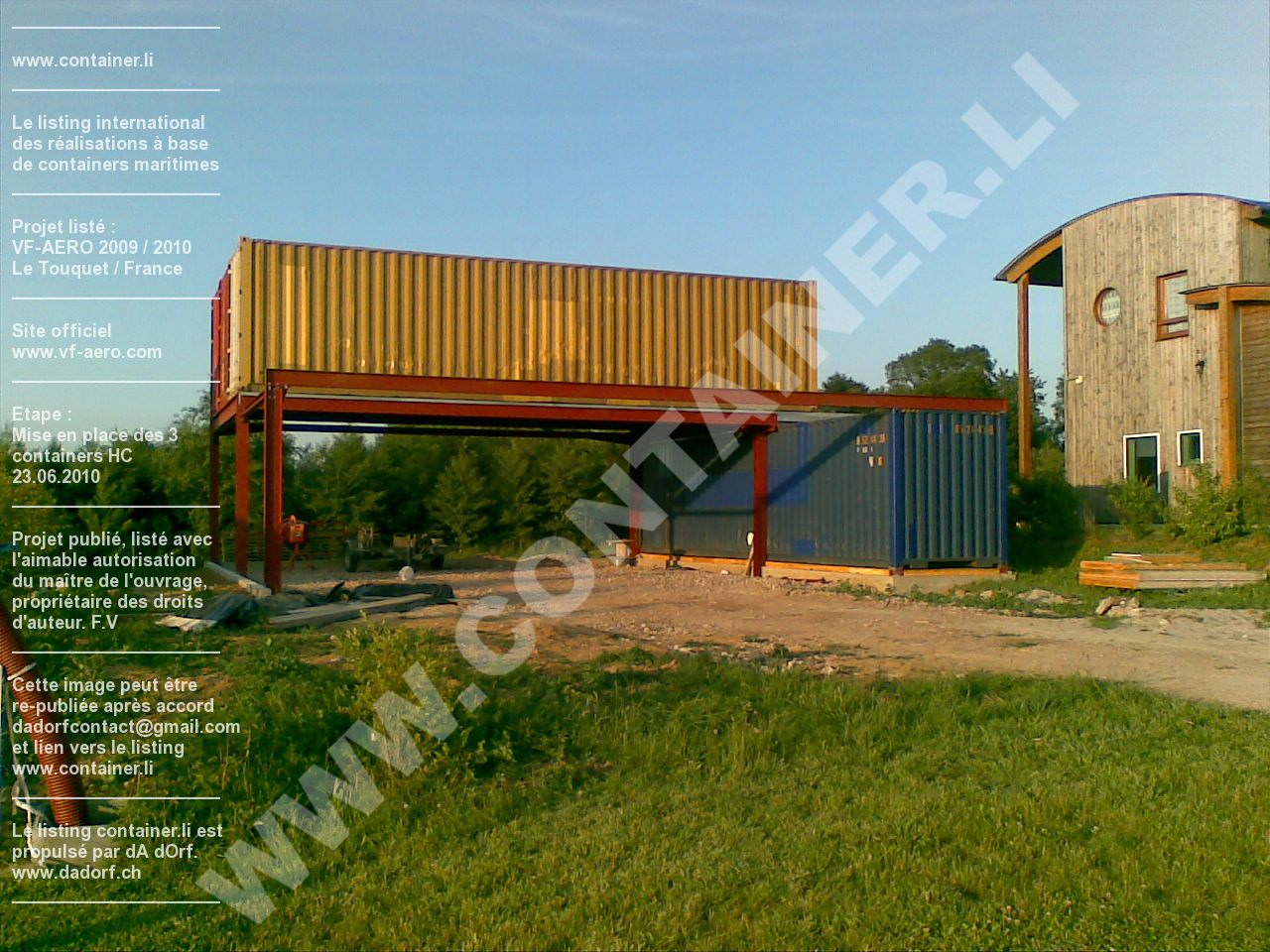 Maison et hangar avion en containers for Maison container france
